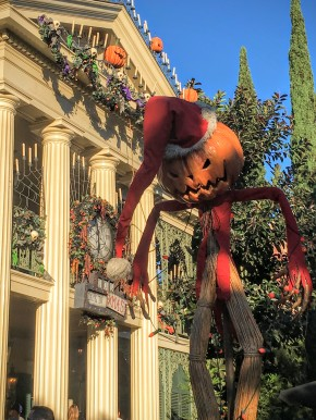 Disneyland Halloween Time 01