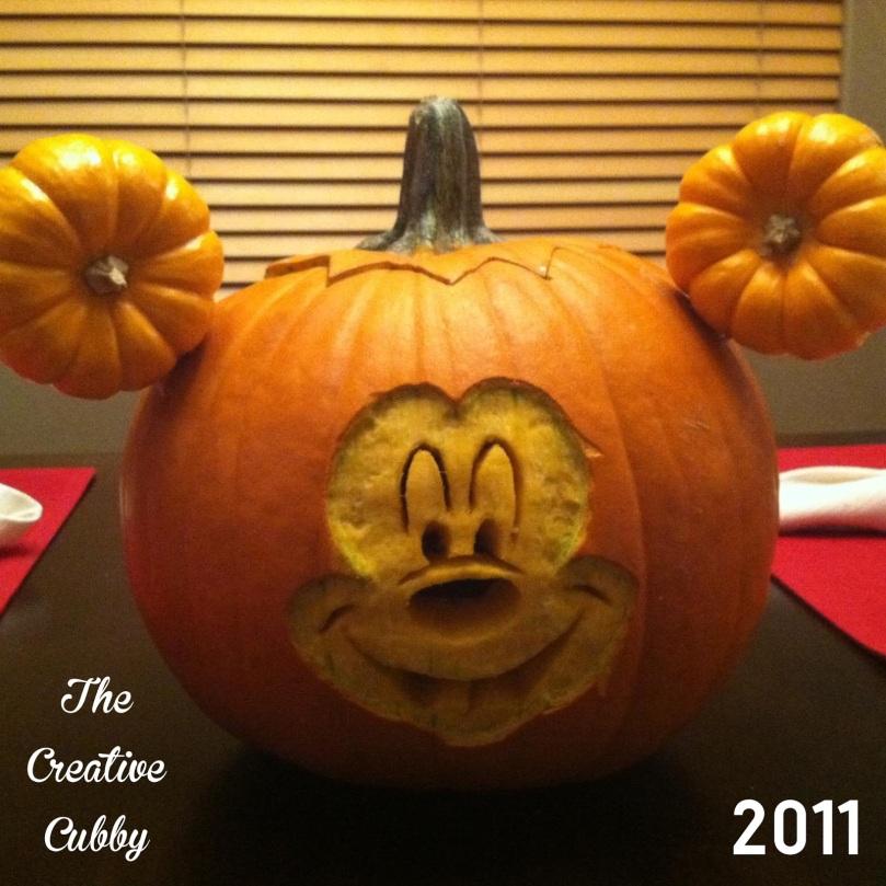 mickey-pumpkin-2011