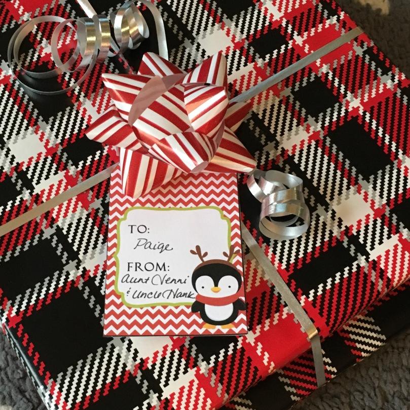 Printable Penguin Christmas Gift Tags